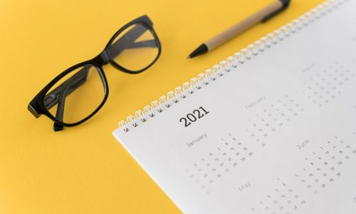 high-view-stationery-2021-calendar-yellow-background